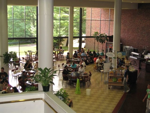 Wagner-College-Canteen.jpg
