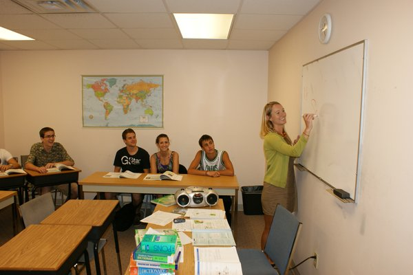 LAL-YL-FLL-Classroom-Students-in-Class-06.jpg